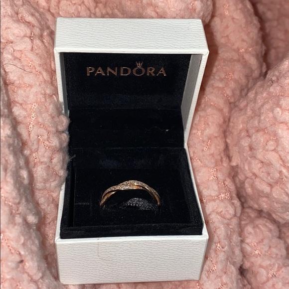 Pandora Rose Gold Sparkling Twisted Lines Ring